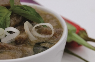 Thaise curry met rosbief